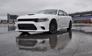2015 Dodge Charger SRT HELLCAT Review 32