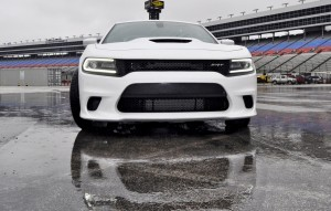 2015 Dodge Charger SRT HELLCAT Review 37