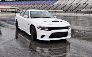 2015 Dodge Charger SRT HELLCAT Review 41