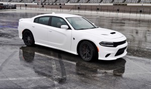 2015 Dodge Charger SRT HELLCAT Review 45