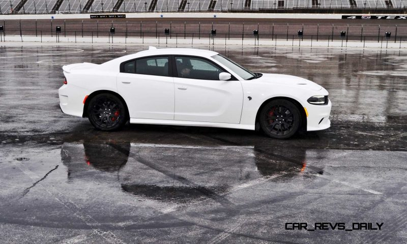 2015 Dodge Charger SRT HELLCAT Review 50
