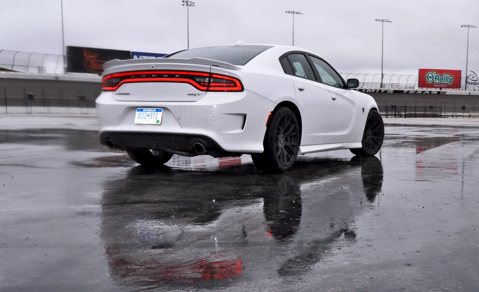 Simple 2015 Dodge Charger SRT HELLCAT Review 61