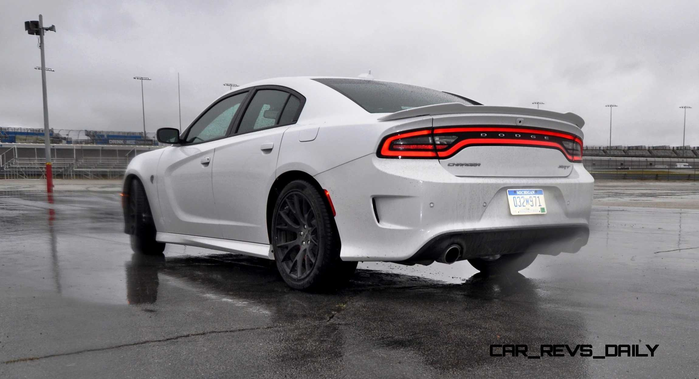 2015 dodge charger srt hellcat review 73. Black Bedroom Furniture Sets. Home Design Ideas