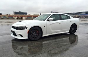 2015 Dodge Charger SRT HELLCAT Review 8