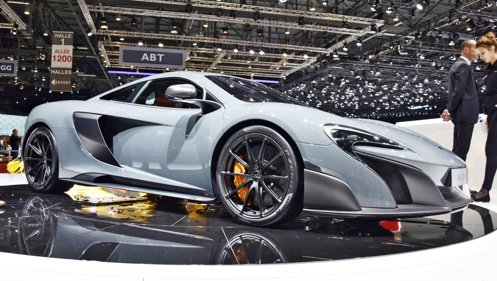 2015 McLaren 675LT 13