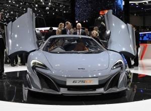 2015 McLaren 675LT 3