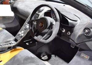 2015 McLaren 675LT 33