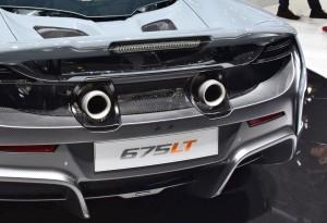 2015 McLaren 675LT 37