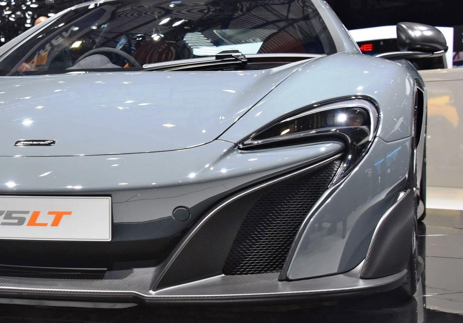 2015 McLaren 675LT 43