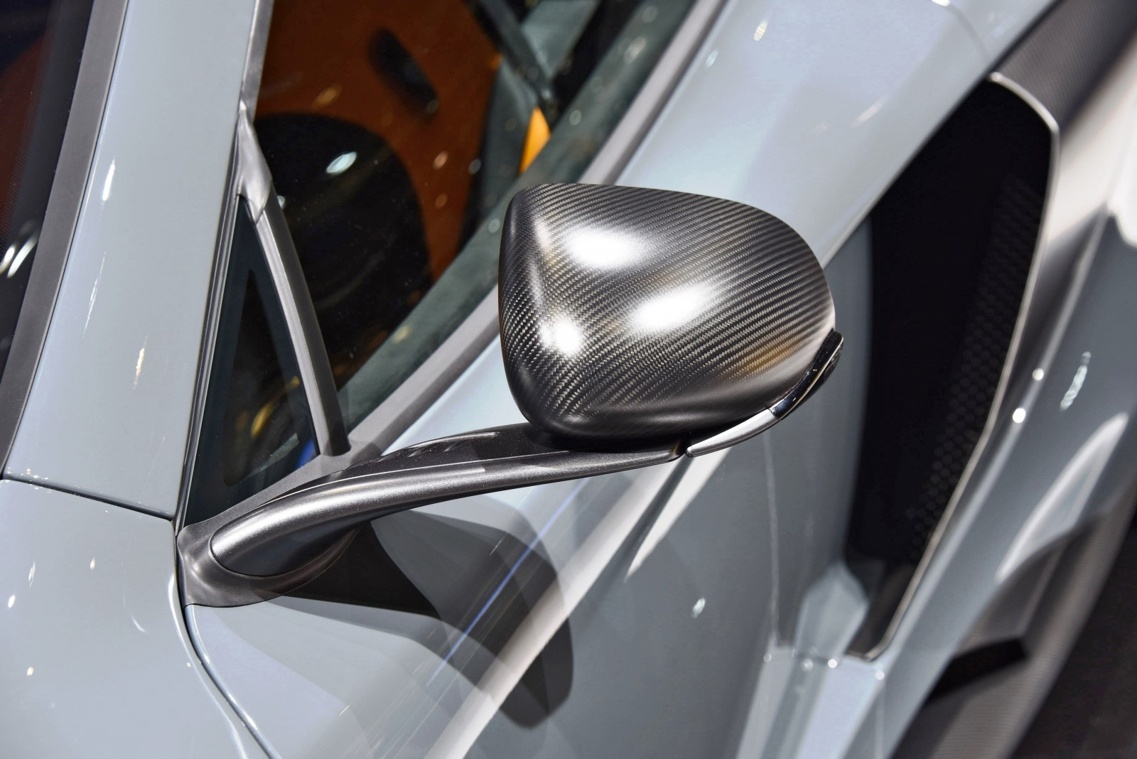 2015 McLaren 675LT 51