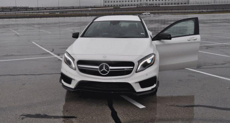 2015 Mercedes-AMG GLA45