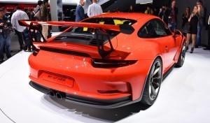 2015 Porsche 911 GT3 RS 11