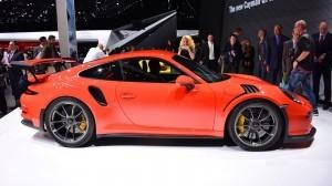 2015 Porsche 911 GT3 RS 2