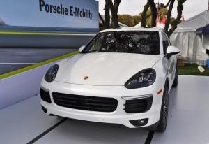 2015 Porsche Cayenne S E-Hybrid 16