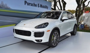 2015 Porsche Cayenne S E-Hybrid 20