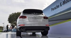 2015 Porsche Cayenne S E-Hybrid 52