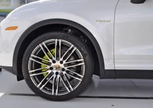 2015 Porsche Cayenne S E-Hybrid 62