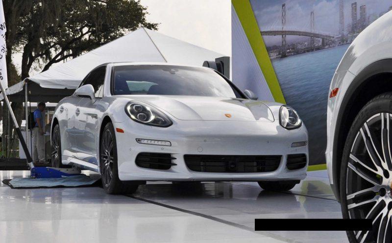 2015 Porsche Cayenne S E-Hybrid 64