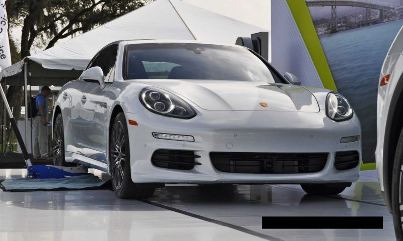 2015 Porsche Cayenne S E-Hybrid 66