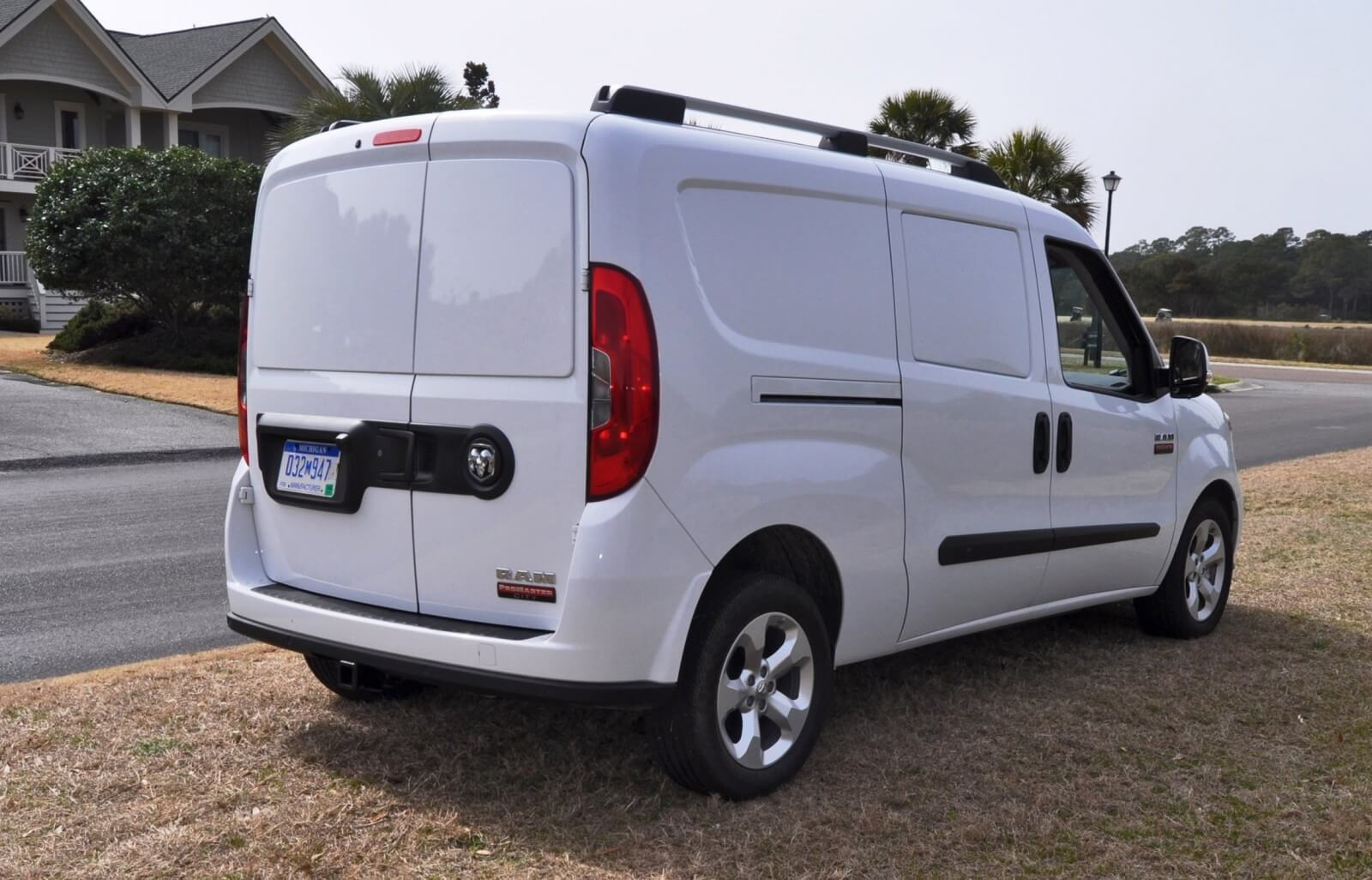 2015 ram promaster city review. Black Bedroom Furniture Sets. Home Design Ideas