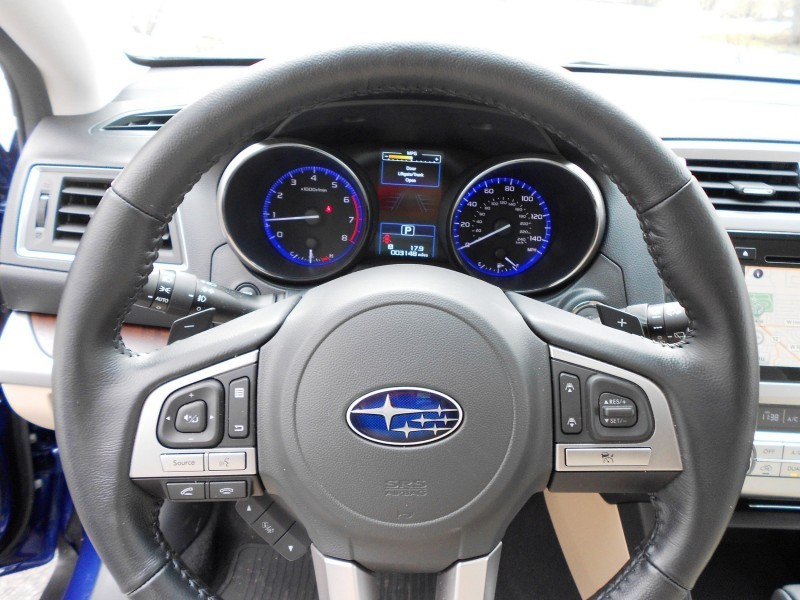 2015 Subaru Outback Limited 13