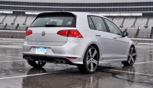 2015 Volkswagen Golf R Review 23