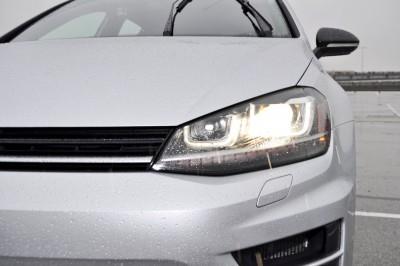 2015 Volkswagen Golf R Review 38