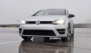 2015 Volkswagen Golf R Review 47