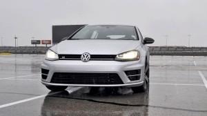 2015 Volkswagen Golf R Review 5
