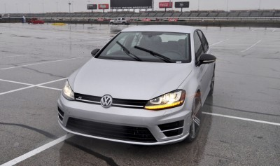 2015 Volkswagen Golf R Review 57