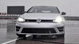 2015 Volkswagen Golf R Review 6