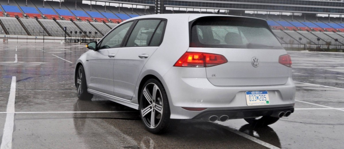 2015 Volkswagen Golf R Review 64