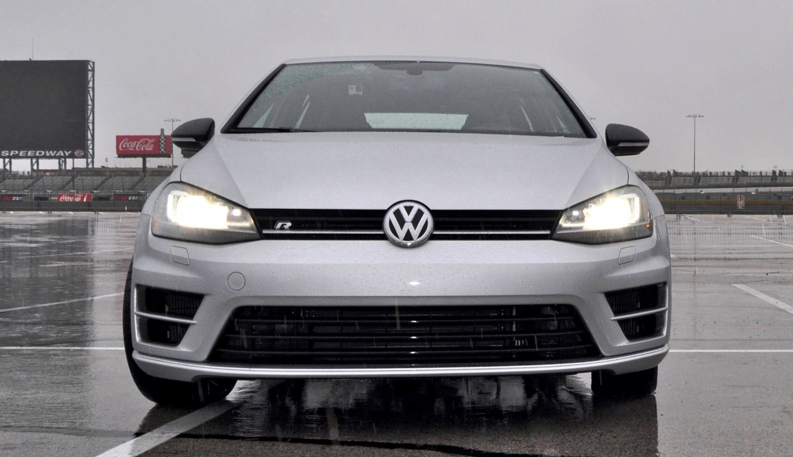 25 model 2015 volkswagen golf r review. Black Bedroom Furniture Sets. Home Design Ideas