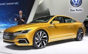 2015 Volkswagen Sport Coupe Concept GTE 20