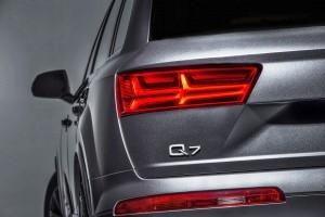2016 Audi Q7 e-tron 4