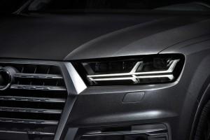 2016 Audi Q7 e-tron 5