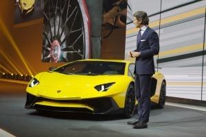 2016 Lamborghini Aventador LP750-4 SuperVeloce 2