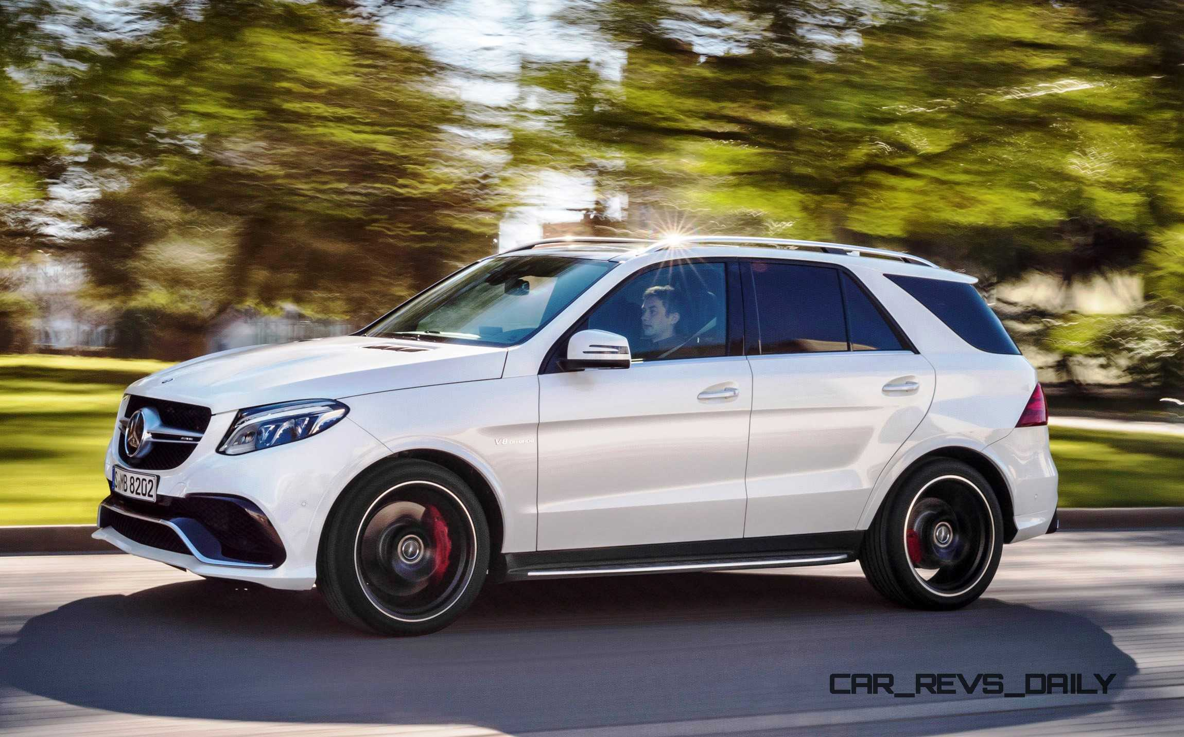 2016 mercedes benz gle class for Pictures of mercedes benz suv