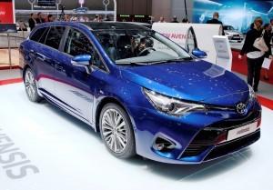 Geneva 2015 Showfloor - Toyota 8