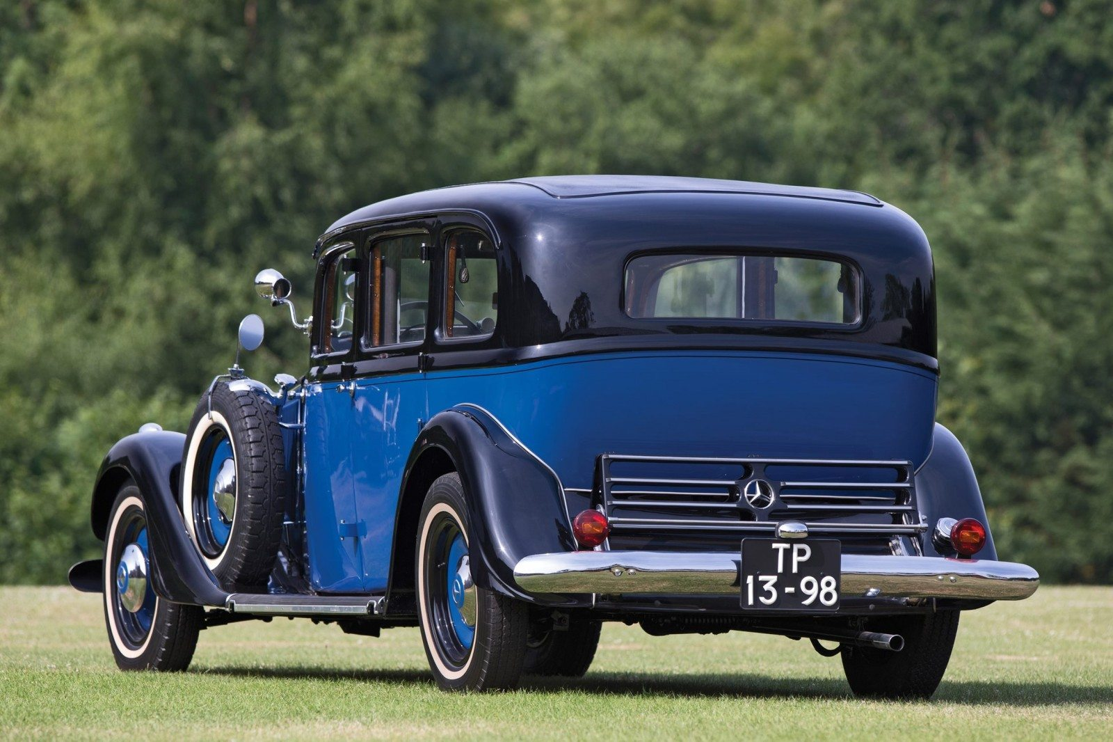 1933 mercedes benz 290 pullman limousine for Mercedes benz limo