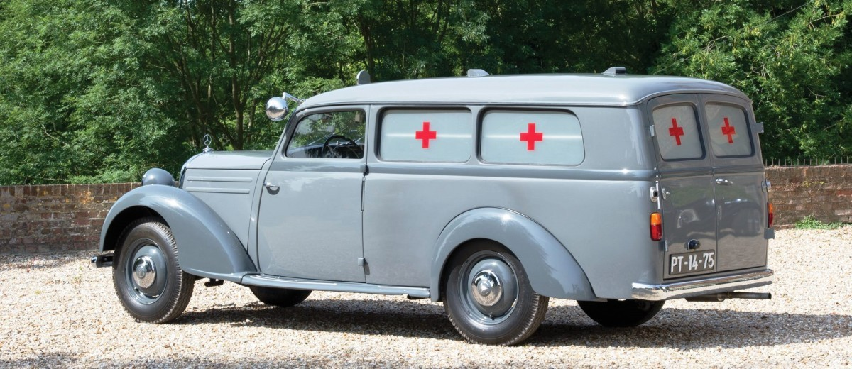 1952 Mercedes-Benz 170SV Ambulance 2