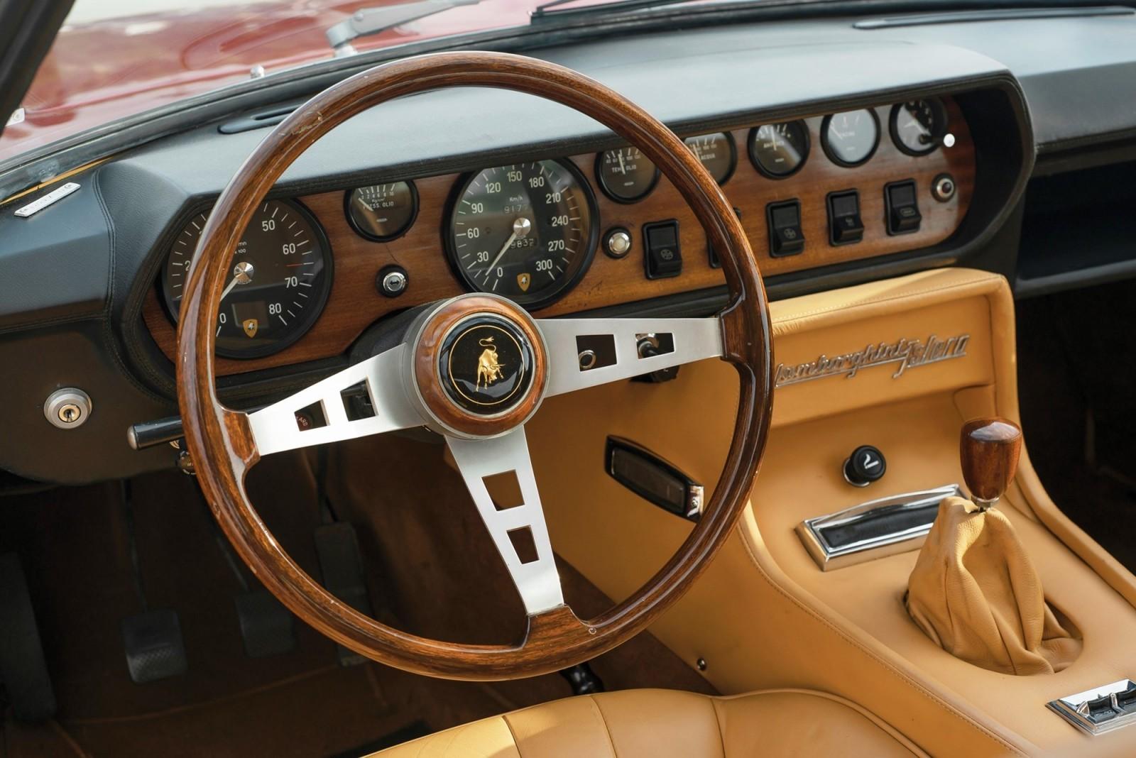 1969 Lamborghini 400GT Islero S by Marazzi 12