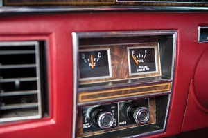 1977 Lincoln Continental Town Car 11