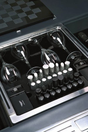 2006 Aston Martin Rapide Concept 18