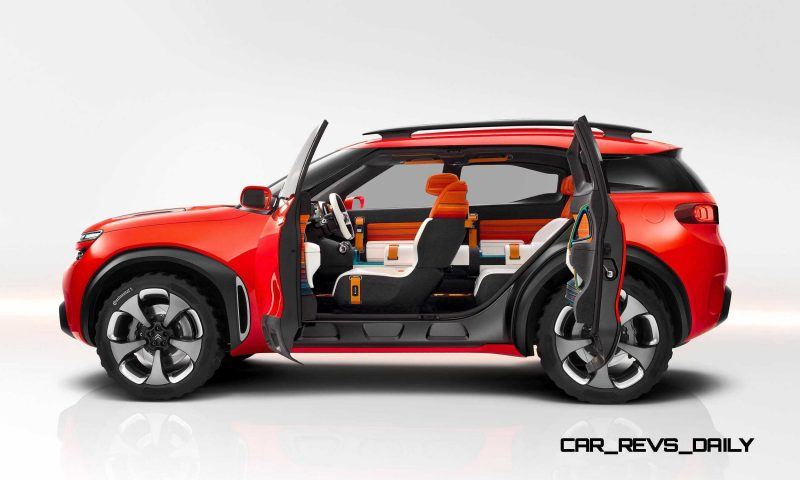 2015 Citroen AirCross Concept 12