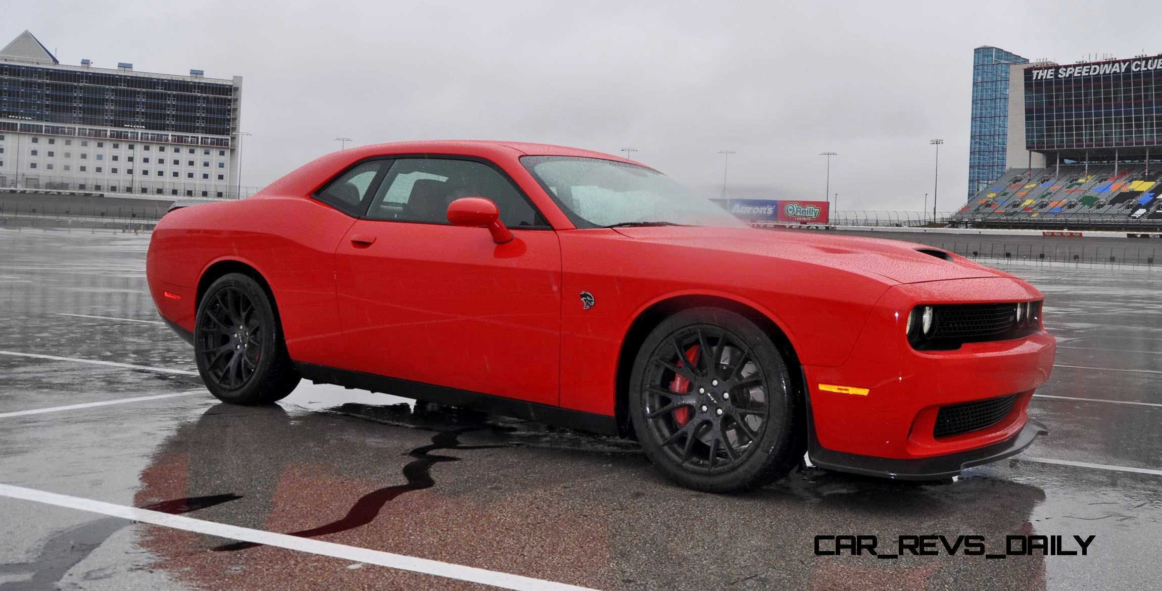 2015 Dodge Challenger Srt Hellcat Photos