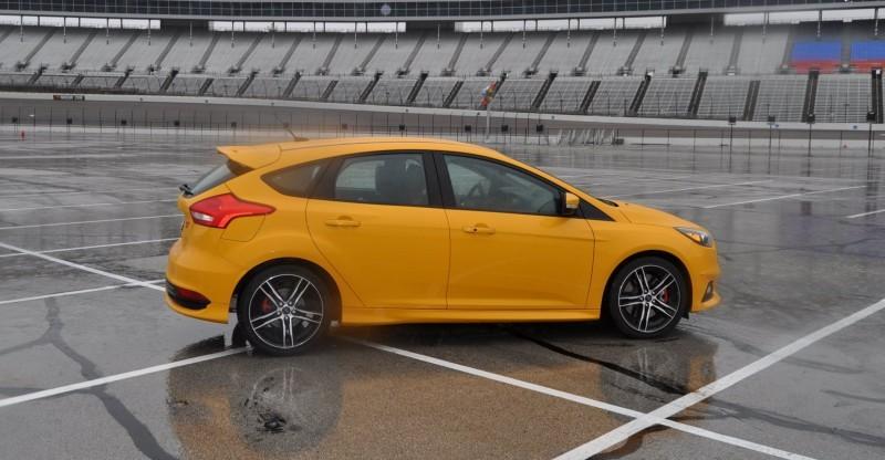 2015 Ford Focus ST Tangerine Scream ST2 Pack 134