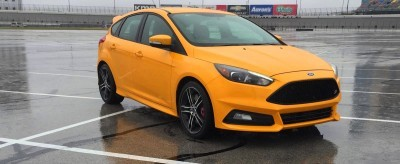 2015 Ford Focus ST Tangerine Scream ST2 Pack 19