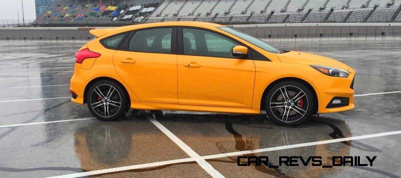 2015 Ford Focus ST Tangerine Scream ST2 Pack 26