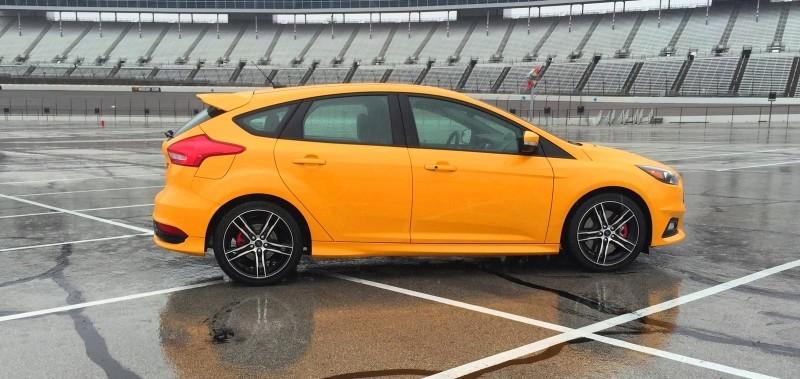 2015 Ford Focus ST Tangerine Scream ST2 Pack 28